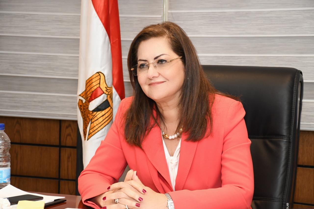 إنفوجراف| «التخطيط» توضّح عوامل صمود الاقتصاد المصري في مواجهة أزمة كورونا