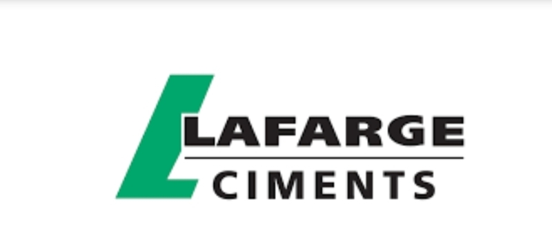 السفير الفرنسي يشيد بجهود «لافارچ مصر» في تحقيق التنمية المستدامة