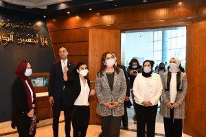 وزيرة التخطيط والتنمية الاقتصادية تزور معرض «صنع في مصر»
