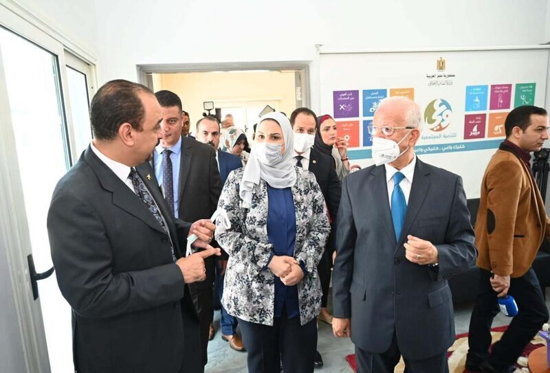 وزيرة التضامن الاجتماعي تتفقد مجمع الخدمات المتكاملة بالأسمرات